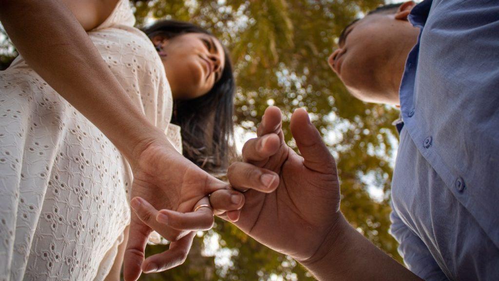4 facons simples detre honnetes dans une relation